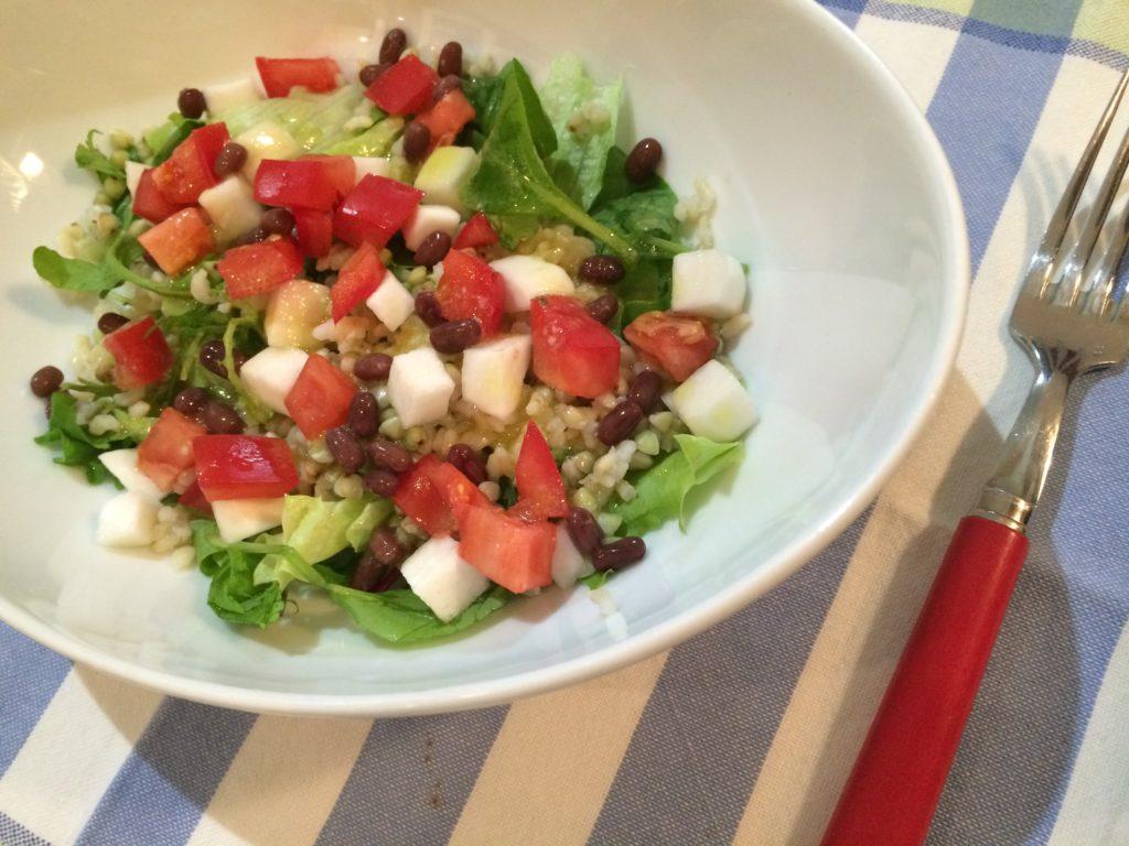 玄米とそばの実の塩麹サラダ