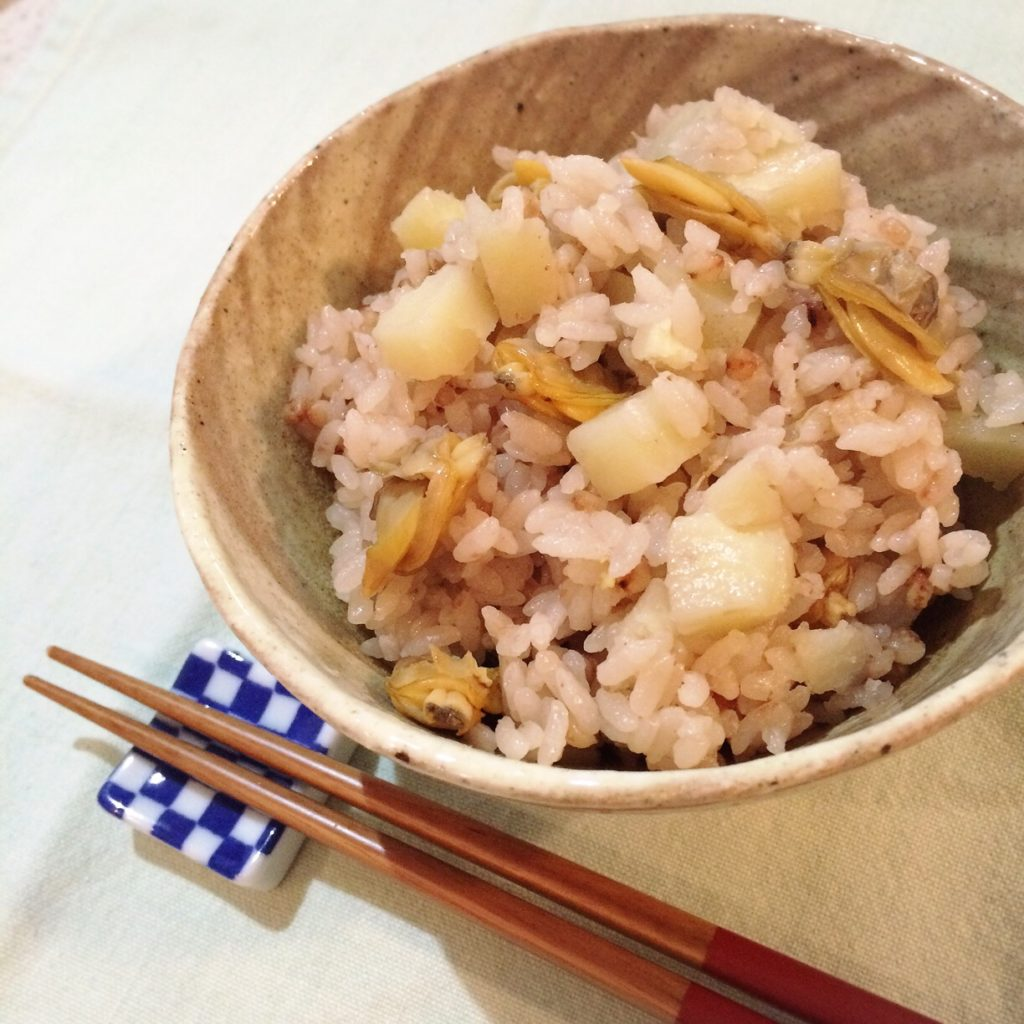 あさりとジャガイモの雑穀炊き込みご飯
