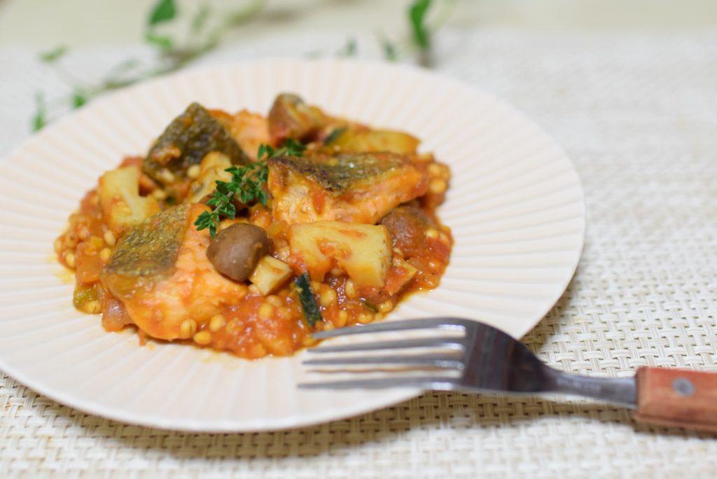 鮭とトマトの雑穀リゾット