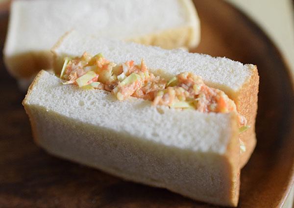 コールスローサンドイッチ