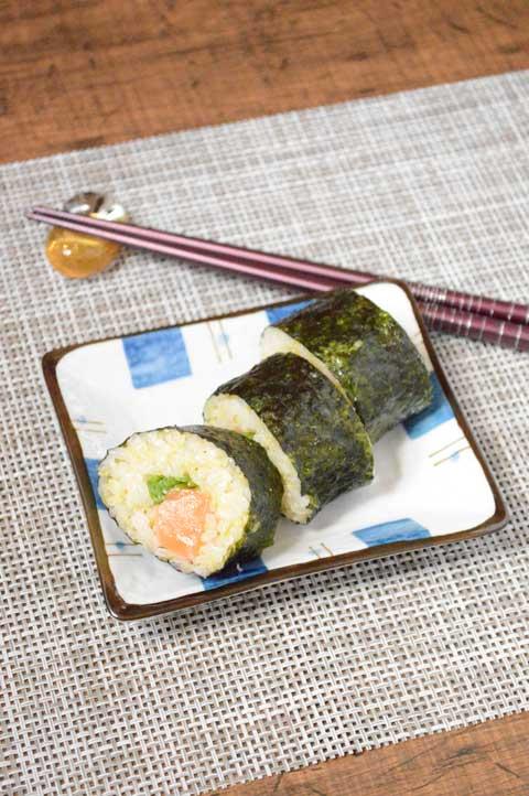 サーモンときびの巻寿司