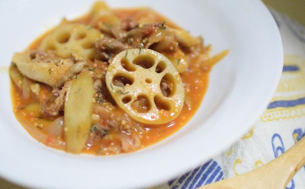 牛肉と根菜のトマト煮